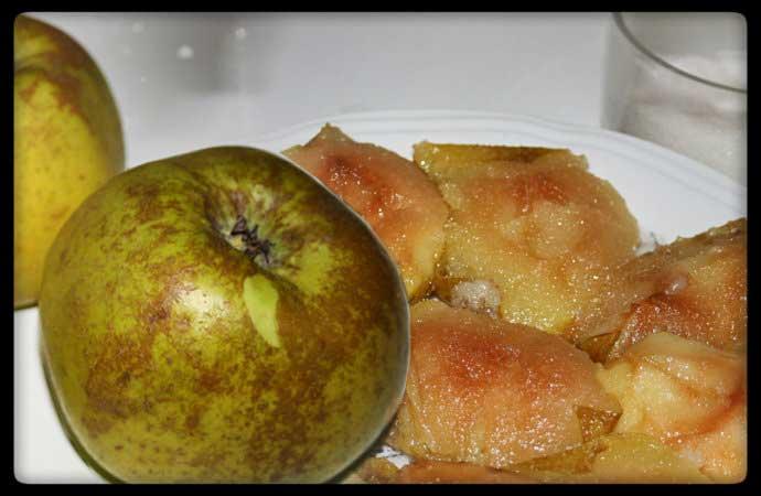 Manzanas fritas en manteca